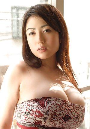 Big Tits Asian Pics