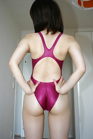 Swimsuit Asian Pics